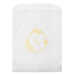 Our personalized White Gloss Goodie Bag with Shiny 18 Kt Gold Foil has a Peony Frame graphic and is good for use in Floral, Frames, Wedding themed parties and can be customized to complement every last detail of your party.