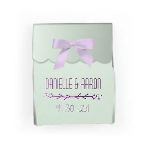 The ever-popular Mist Rectangle Box with Shiny Amethyst Foil has a Leaf Vine graphic and is good for use in Frames themed parties and will impress guests like no other. Make this party unforgettable.