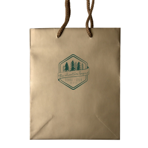 Thank traveling guests for coming with a customized welcome bag. Pair your names and special date with the banner and trees in our Adventure Badge for a seamless detail in your forest or greenery themed wedding.
