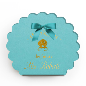 Our personalized Poptone Tiffany Blue Scalloped Box with Shiny 18 Kt Gold Foil has a Oyster graphic and is good for use in Animals, Outdoors, Beach/Nautical themed parties and can be personalized to match your party's exact theme and tempo.