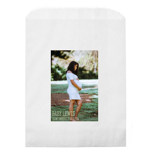 ForYourParty's elegant White Photo/Full Color Party Bag with Matte Blush Ink Digital Print Colors has a Oh baby graphic and is good for use in Baby Shower themed parties and can be personalized to match your party's exact theme and tempo.