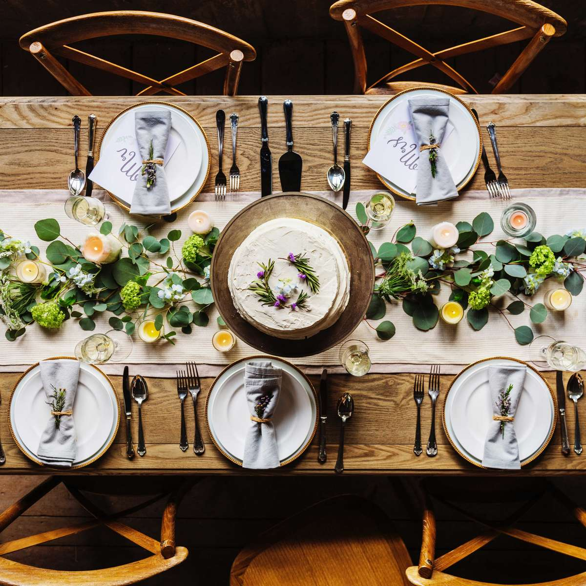 who to invite to your rehearsal dinner