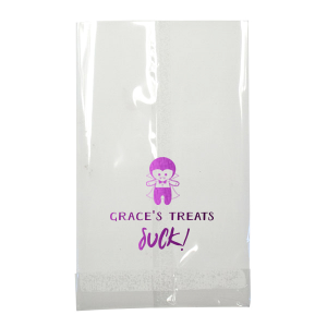 ForYourParty's elegant Lime Gift Bag with Shiny Amethyst Foil has a Dracula graphic and is good for use in Halloween themed parties and couldn't be more perfect. It's time to show off your impeccable taste.