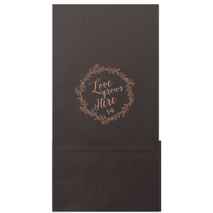 Our personalized White Party Bag with Shiny Rose Gold Foil has a Rustic Wreath graphic and is good for use in Engagement, Wedding, and Anniversary themed parties and will make your guests swoon. Personalize your party's theme today.