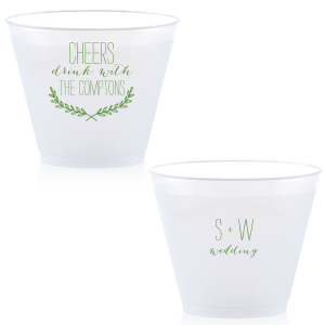 Customize this cup and dress up your drinks with this stylish Branch Wreath design at your wedding reception bar. They can also double as fantastic personalized party favors!