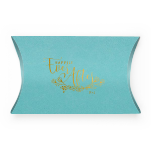 Our custom Poptone Tiffany Blue Rectangle Box with Shiny 18 Kt Gold Foil Color has a HandWreathReception graphic and is good for use in Lovely Press themed parties and will make your guests swoon. Personalize your party's theme today.