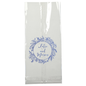 ForYourParty's elegant Ivory Party Bag with Shiny 18 Kt Gold Foil Color has a Peony Circle Frame graphic and is good for use in Floral themed parties and will impress guests like no other. Make this party unforgettable.
