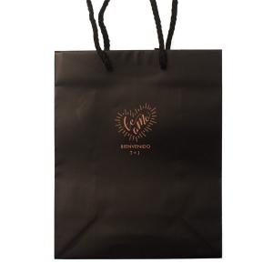 Personalized Black Gift Bag with Satin Copper Penny Foil Color has a Te Amo graphic and is good for use in Spanish, Latino, Wedding themed parties and can be personalized to match your party's exact theme and tempo.