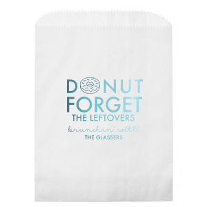 Our personalized White Gift Bag with Shiny Turquoise Foil has a Donut graphic and is good for use in Food, Birthday, Holiday and Brunch themed parties and will give your party the personalized touch every host desires.