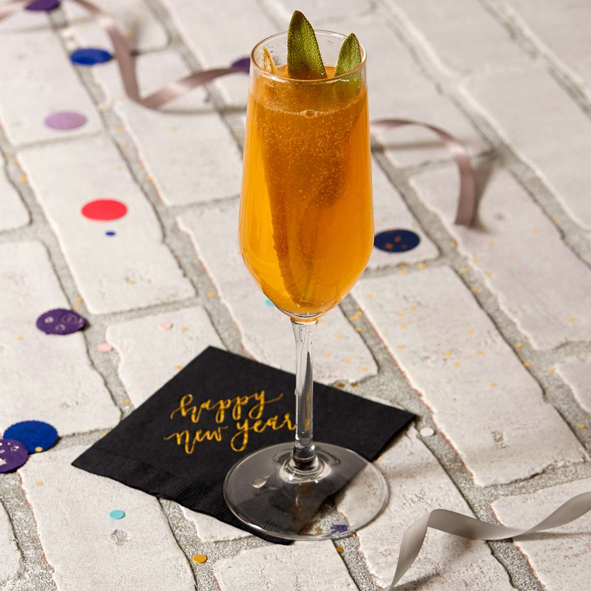 new year's prosecco cocktail