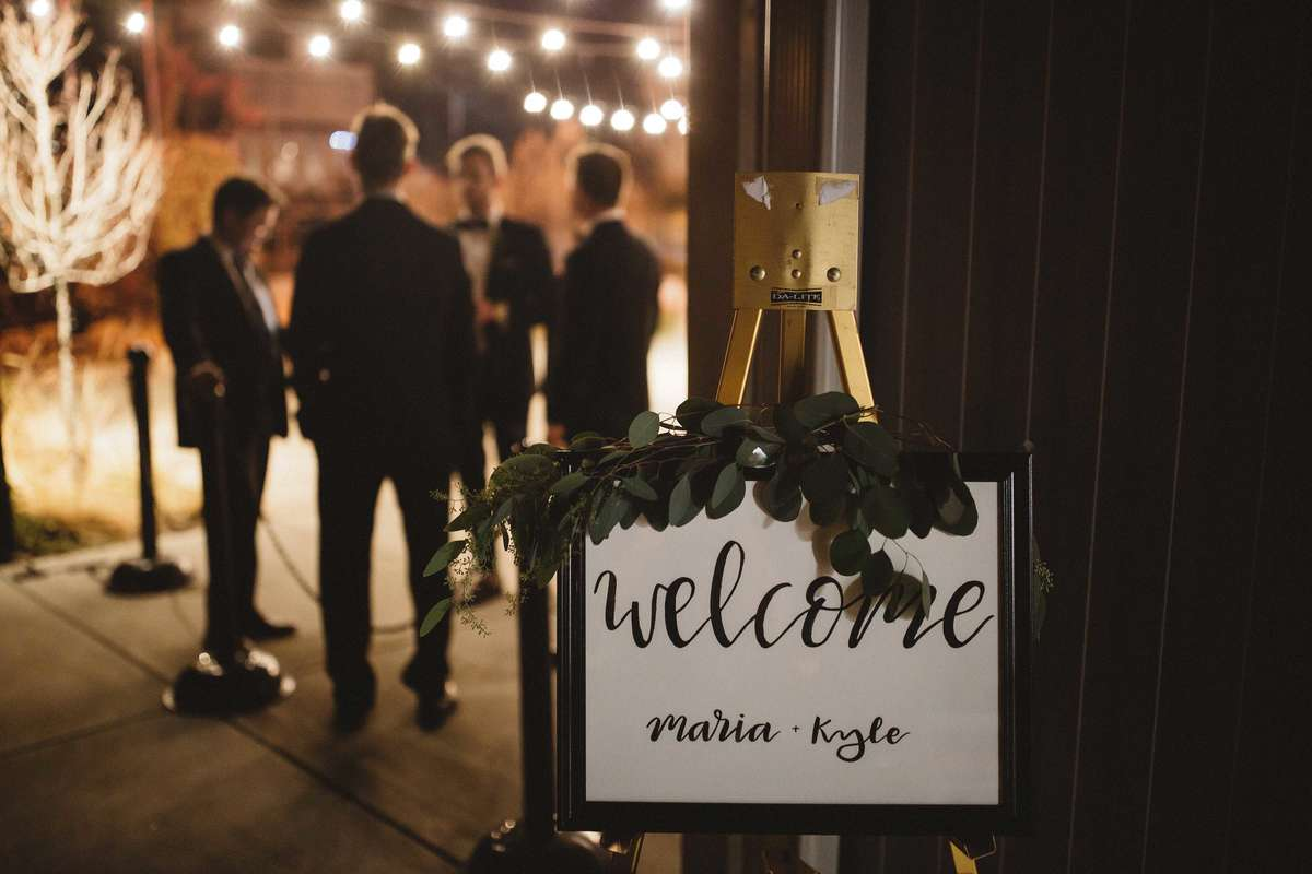 wedding welcome sign for greenery wedding