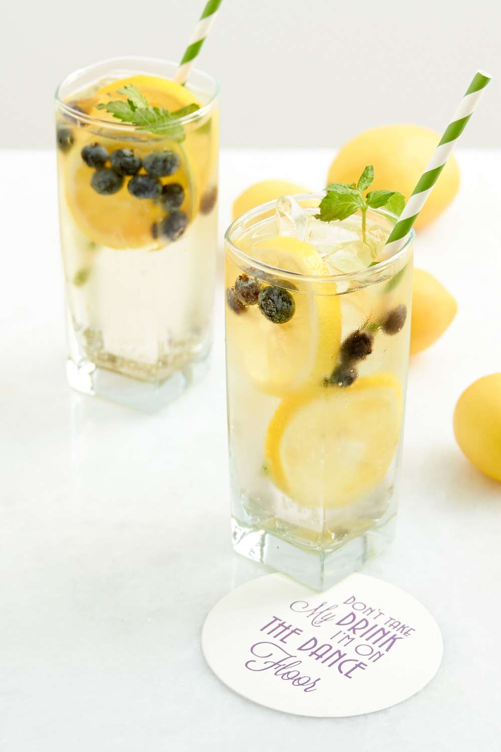Limonchello Fizz cocktail recipe
