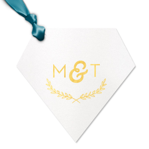 ForYourParty's chic Stardream Crystal White Large Round Gift Tag with Shiny 18 Kt Gold Foil has a Branch Frame 2 graphic and is good for use in Floral, Frames, Wedding themed parties and can't be beat. Showcase your style in every detail of your party's theme!