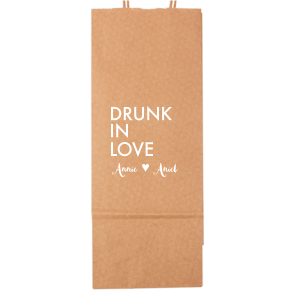 Personalized Kraft Wine Gift Bag with Matte White Foil will give your party the personalized touch every host desires.