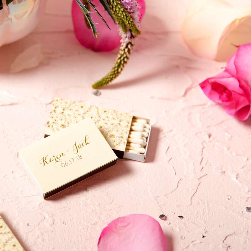 floral matches for spring wedding favors