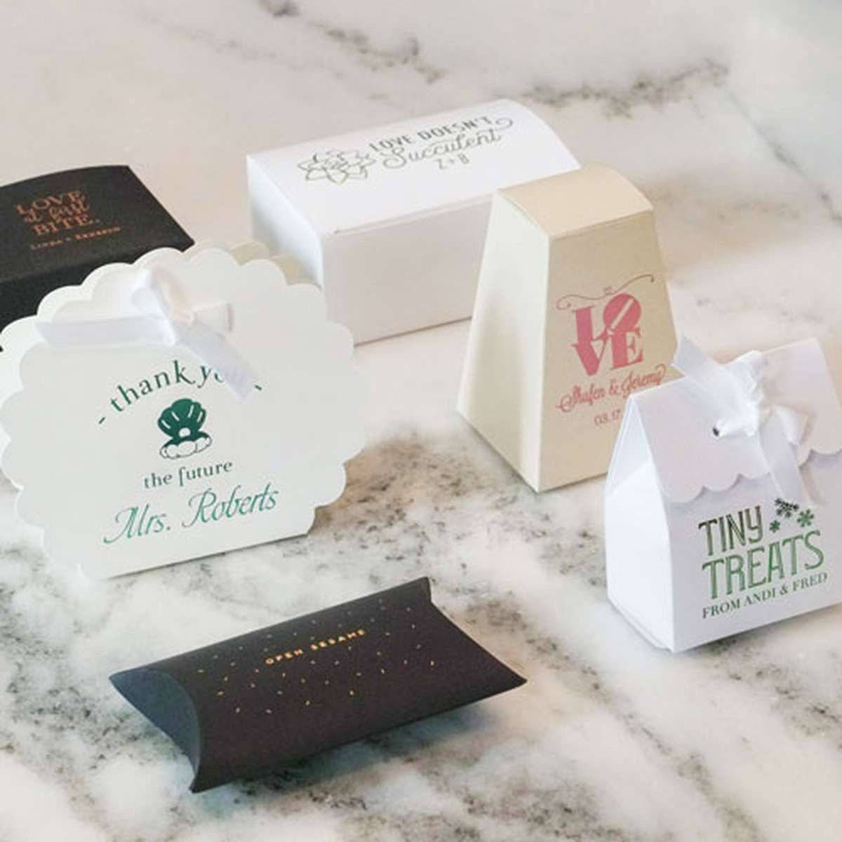 custom party favor boxes
