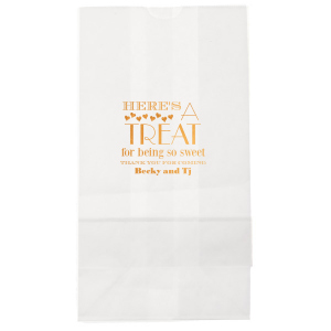 ForYourParty's personalized White Goodie Bag with Shiny Copper Foil has a Hearts graphic and is good for Wedding and other special occasion parties and will look fabulous with your unique touch. Your guests will agree!