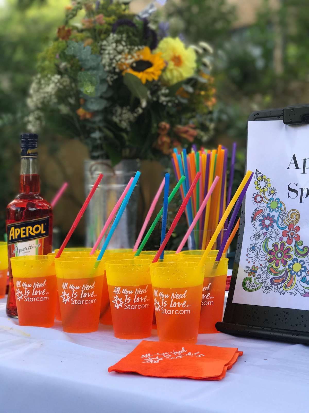 custom cups in any color with crazy straws