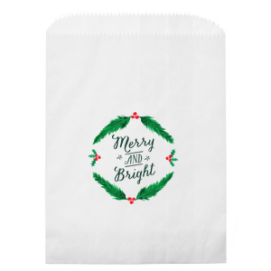 ForYourParty's elegant Kraft Brown Photo/Full Color Party Bag with Matte Spruce Digital Print Colors has a Merry and Bright graphic and is good for use in Christmas, Holiday, Stars themed parties and are a must-have for your next event—whatever the celebration!