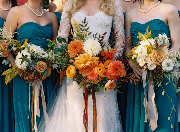 fall emerald color palette for a fall wedding