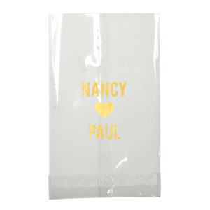 ForYourParty's personalized White Goodie Bag with Shiny 18 Kt Gold Foil has a Heart Solid graphic and is good for use in Hearts, Wedding themed parties and are a must-have for your next event—whatever the celebration!